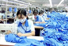 海外投資はベトナム縫製業界へ