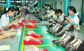 (日本語) 2015年1月:ベトナムの革靴の輸出価値は10億ドル以上に達した